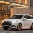Mitsubishi решила убрать с российского рынка гибридный Outlander PHEV