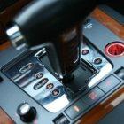 Продажи легковых автомобилей с АКП в России сократились на 9%