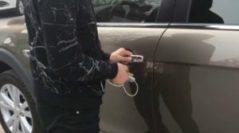 Китайцы нашли способ угнать машину за 20 долларов и 30 секунд