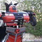 Российские умельцы превратили Lada 2110 в робота-трансформера