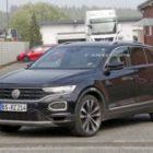 «Заряженный» Volkswagen T-Roc R проходит испытания в Нюрбургринге